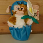 SOFT TOY GIZMO WITH EGG