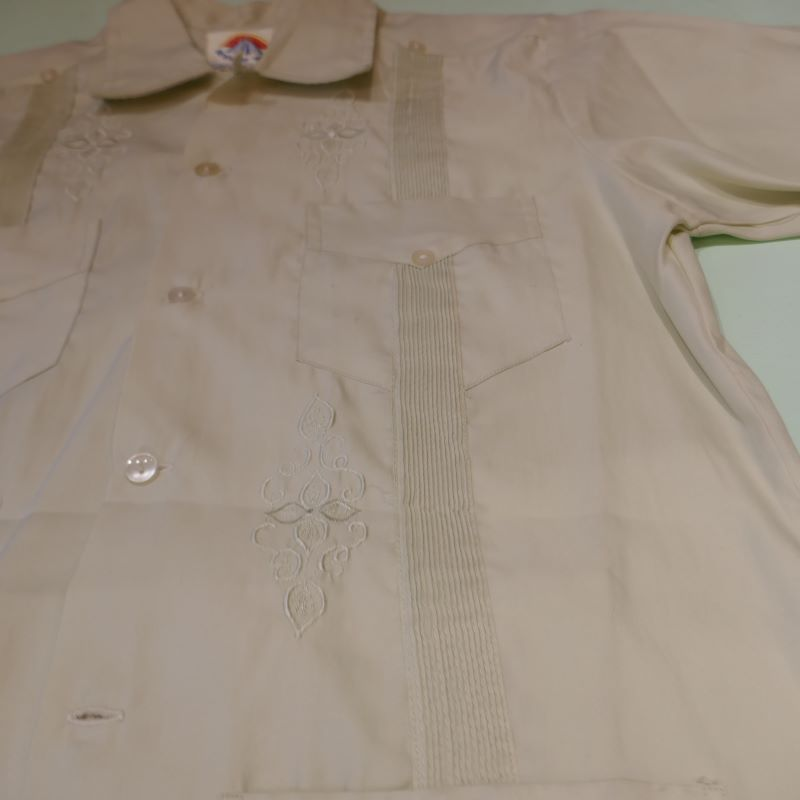 USED CREACIONES GUAYABERA SHIRT LIGHT GREEN