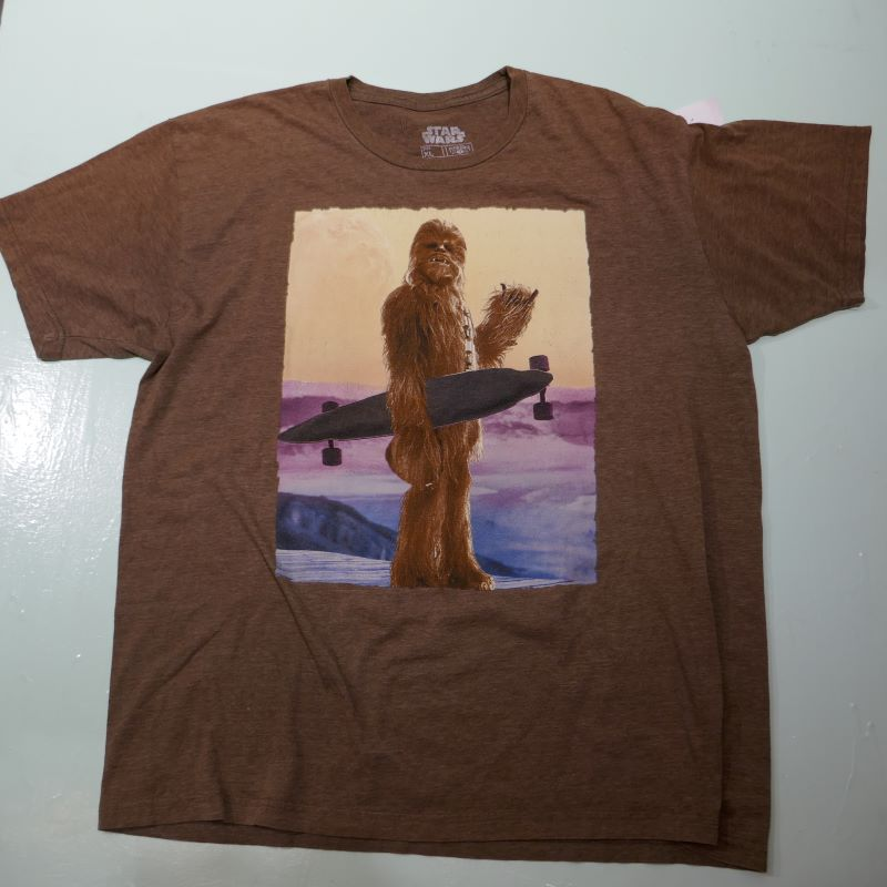 USED STARWARS CHEWBACCA TEE BROWN