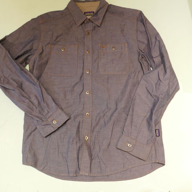 USED PATAGONIA L/S CHAMBRAY SHIRT
