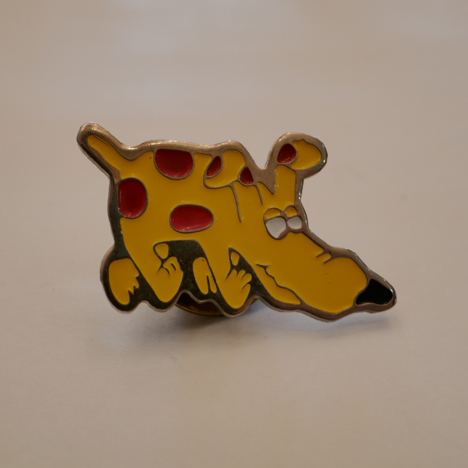 Yellow dog pins