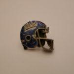 GIANTS HELMET pins