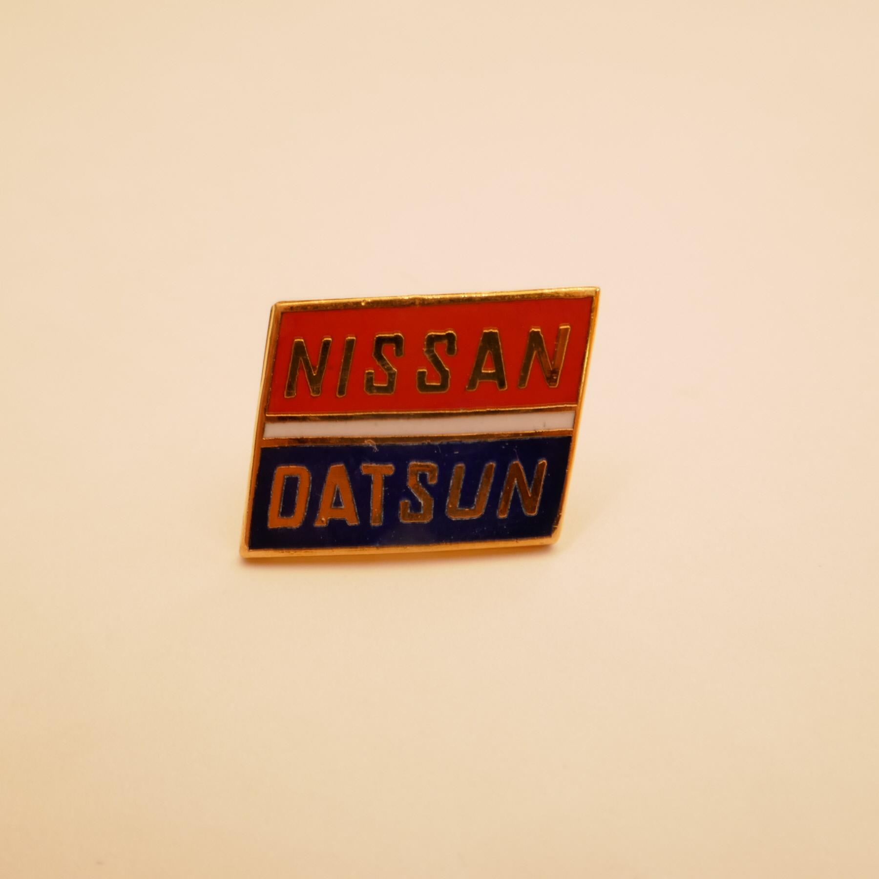 NISSAN pins