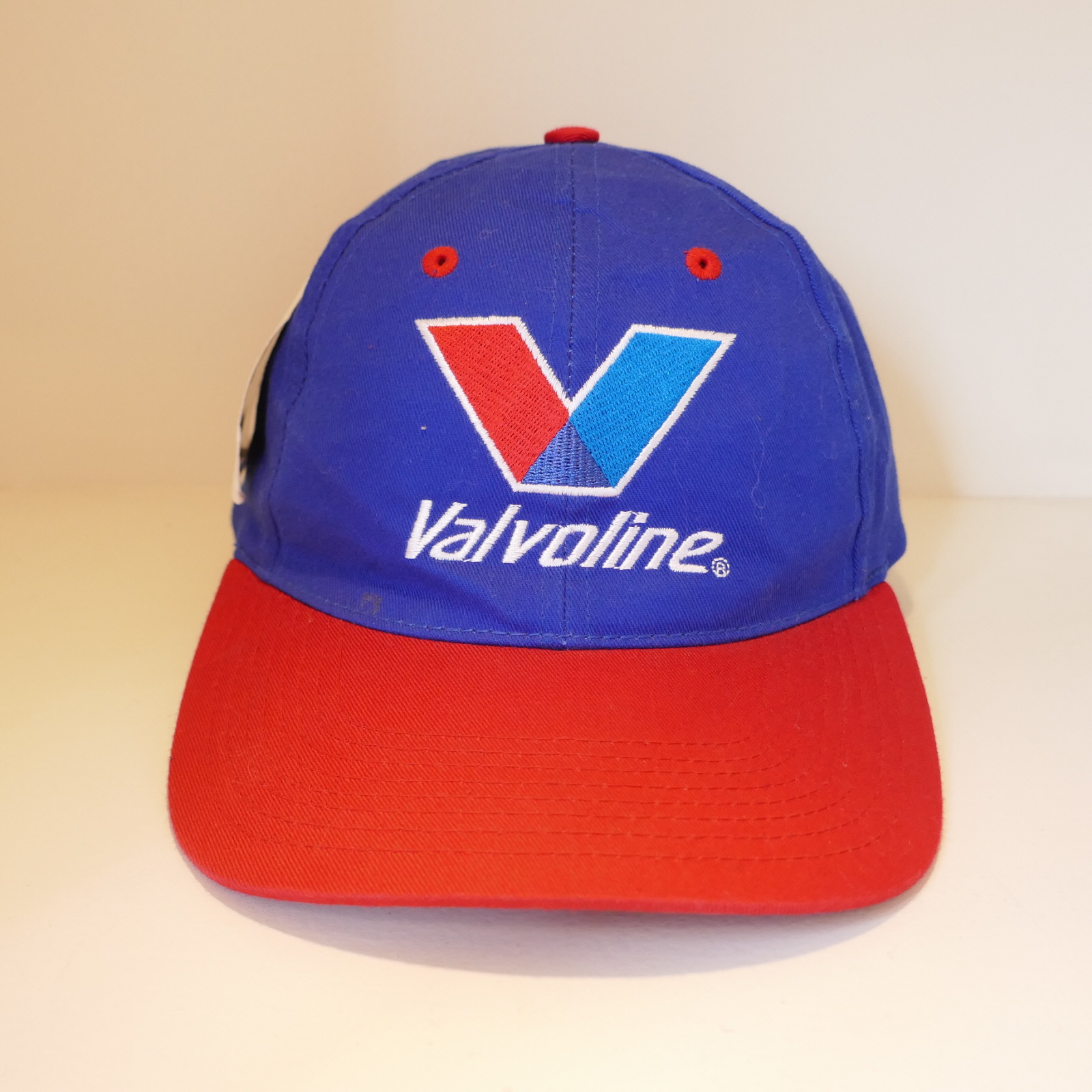 USED VALVOLINE CAP BLUE×RED