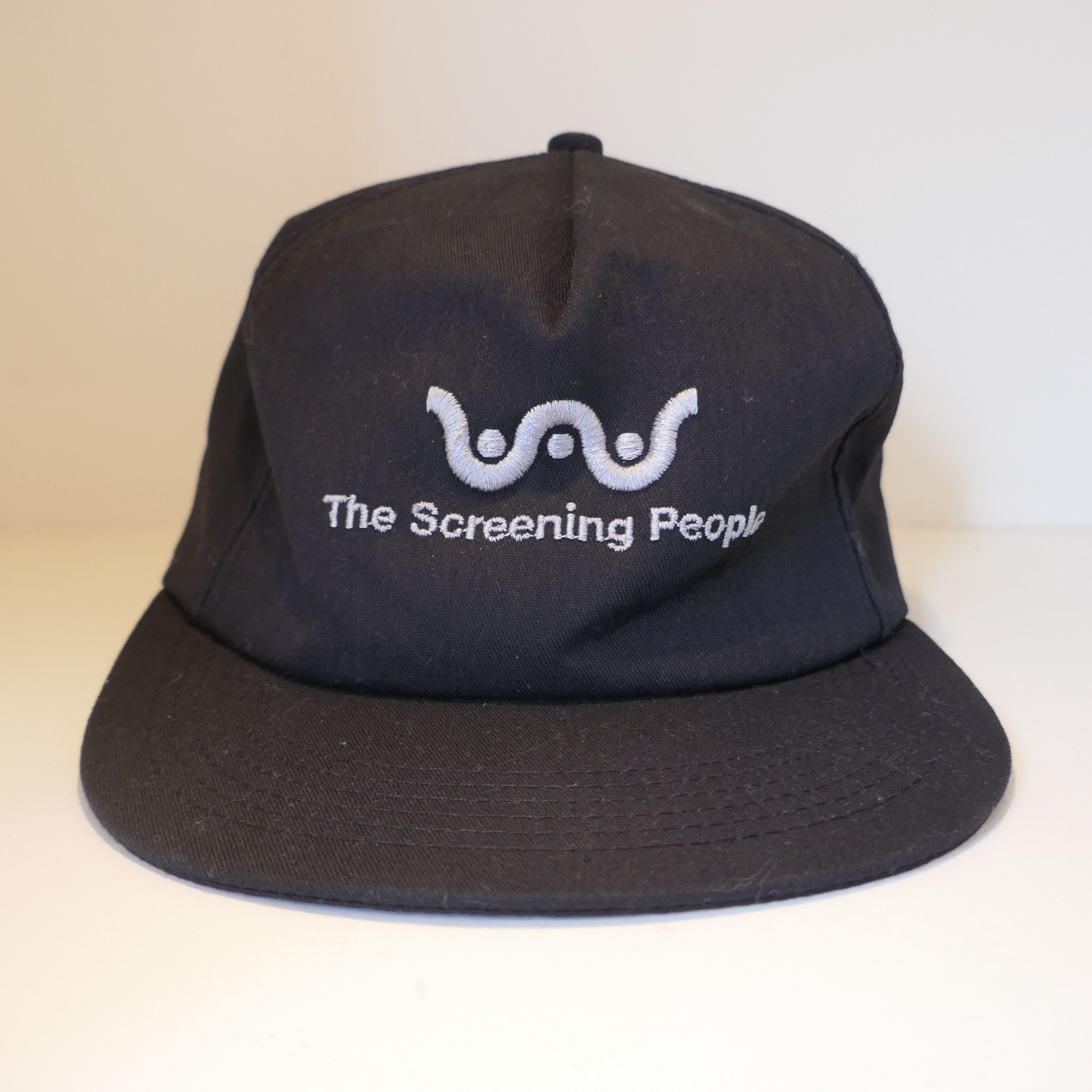 USED SCREENING PEOPLE CAP BLACK