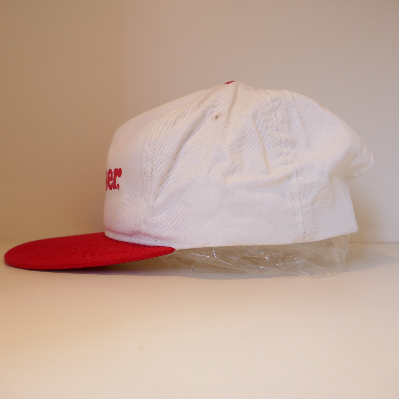 USED BUDWEISER CAP WHITE×RED