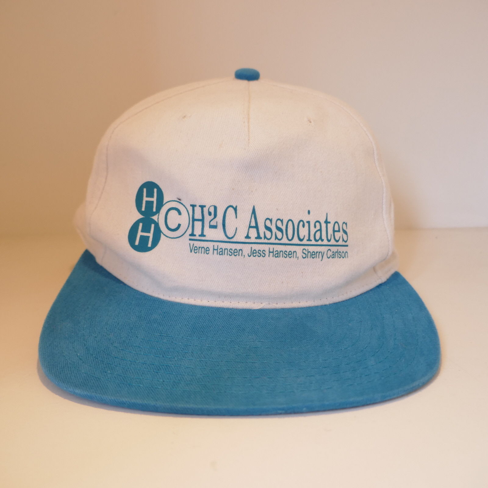 USED HHCH2C ASSOCIATES CAP NATURAL×TQS