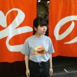 KAKUOZAN LARDER × 大衆食堂スタンドそのだ チャーシューエッグバーガーTEE