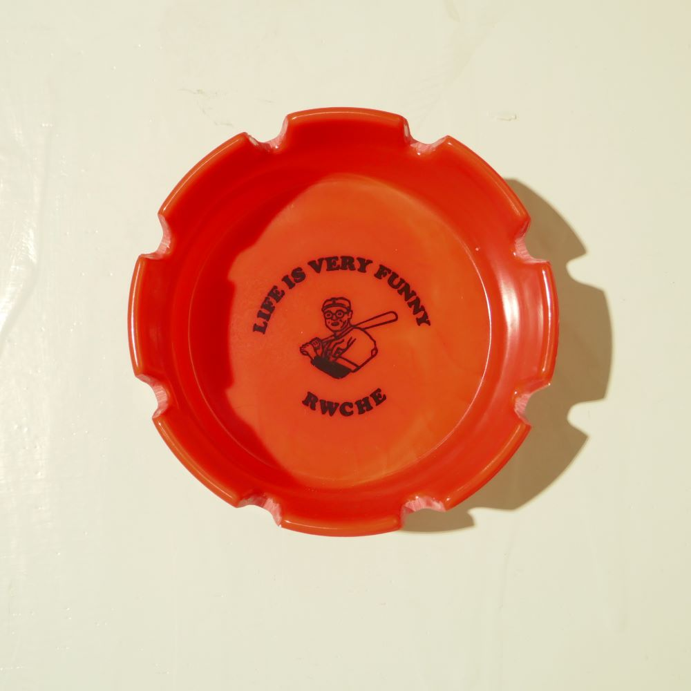 RWCHE DUDE ASHTRAY 2COLORS